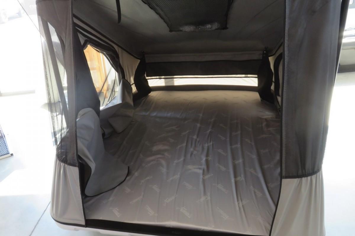 tente de toit discovery space evo dream team car. Black Bedroom Furniture Sets. Home Design Ideas